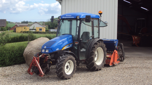 New Holland T3040, Tommys Minigraver service Aalborg Holstebro Thisted Thy